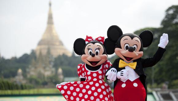 Las personas que se disfrazan de muñecos de Disney lamentan el comportamiento de algunas personas (Foto: AFP)