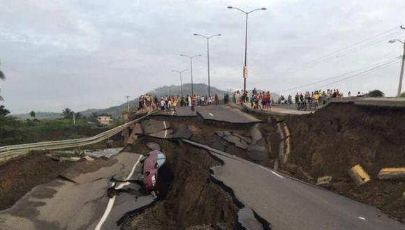 Ecuador: Banco condona deudas a 42.000 afectados por terremoto