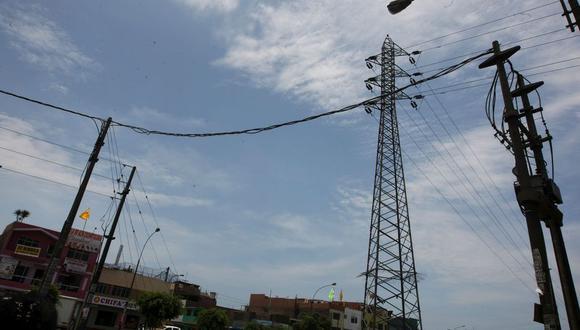 A través de un comunicado, la empresa detalló que, desde hoy, 1 de julio, hasta mañana, jueves 2 de julio, sus colaboradores ejecutarán trabajos de mantenimiento en las redes eléctricas de media y baja tensión en los distritos mencionados anteriormente. (Foto: GEC)
