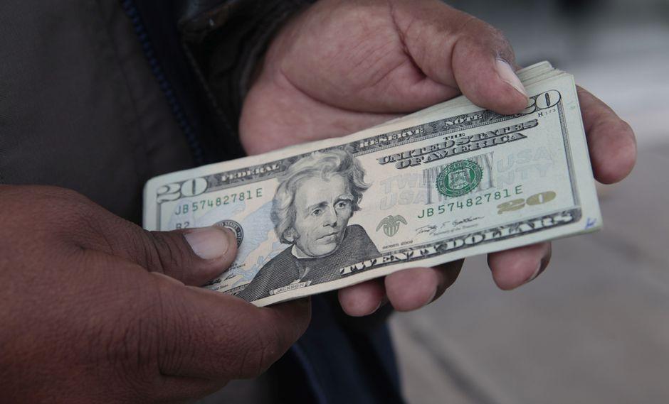 El dólar alcanzó en la sesión un nivel mínimo registrado desde finales de octubre. (Foto: GEC)