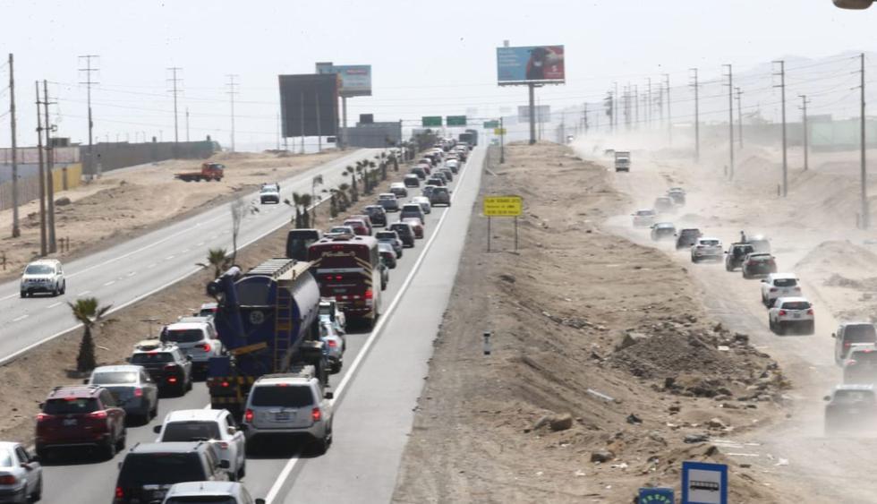 Gran congestionamiento vehicular en la Panamericana Sur. (Foto: Jesús Saucedo/GEC)