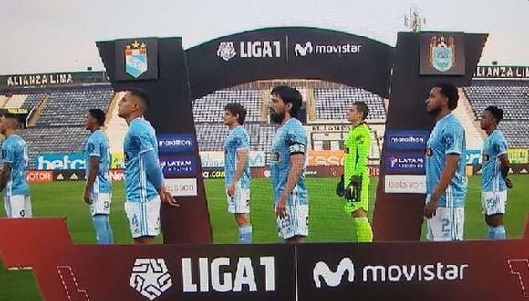 Sporting Cristal no posó para la fotografía ante Binacional en muestra de apoyo a las marchas en contra del gobierno. (Foto: Gol Perú)