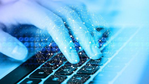 Existe un auge por las soluciones digitales en el mundo empresarial, pero hay escasez de talento. (Imagen: Crehana)