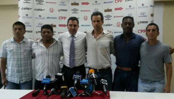Carlos Silvestri fue presentado como técnico interino de la 'U'