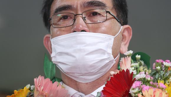 Thae Yong Ho se emocionó hasta las lágrimas al saber que había conseguido un puesto en el nuevo Congreso surcoreano, pese a haber desertado desde Corea del Norte hace solo cuatro años. (EFE)