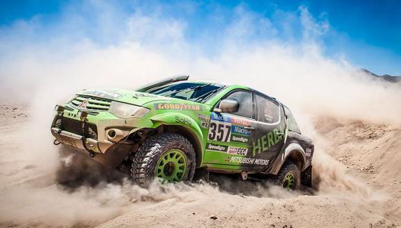 Dakar 2015: Peruanos se mantienen en carrera