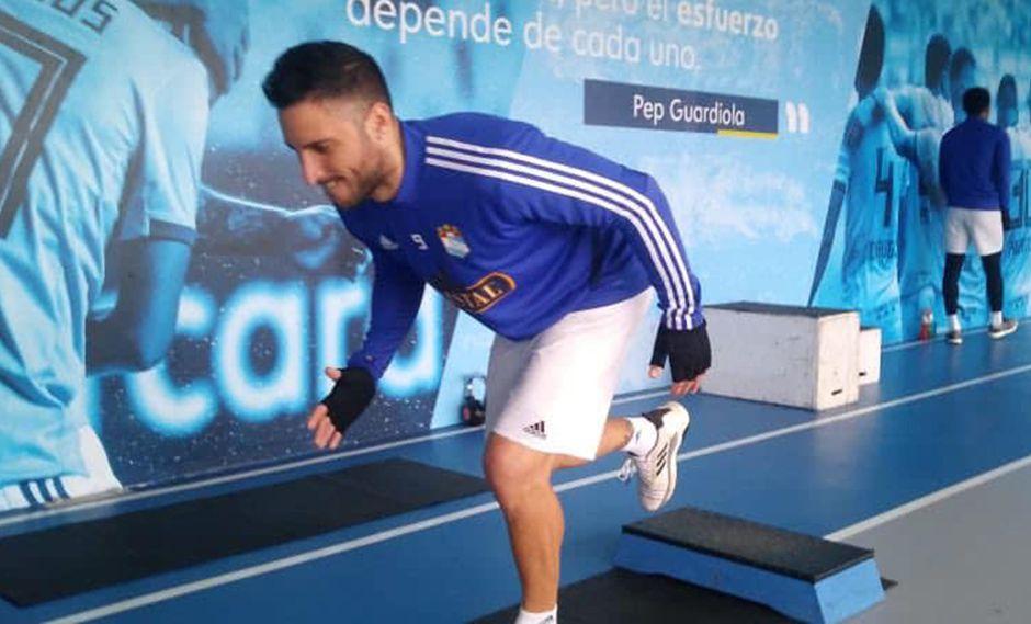 Emanuel Herrera ya empezó a hacer sus primeros trabajos con balón. (Foto: Sporting Cristal)