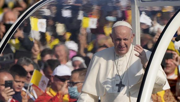 El papa Francisco en las calles de Eslovaquia. (Foto: AP)