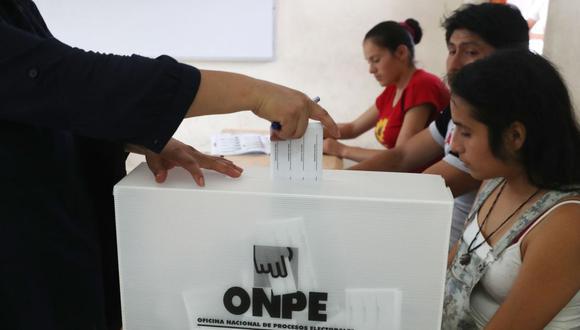 Los miembros de mesa cumplen un papel muy importante en el proceso de elecciones. (Foto: Andina)