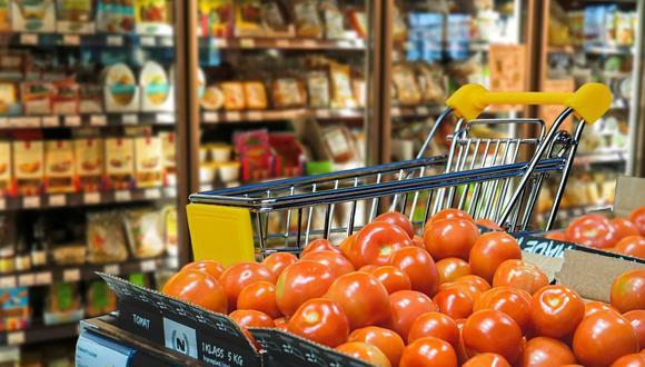 Los carritos del supermercado albergan gérmenes y virus. Lo mejor es agarrarlos con guantes y luego desécharlos en un contenedor de basura. (Foto: Pixabay)