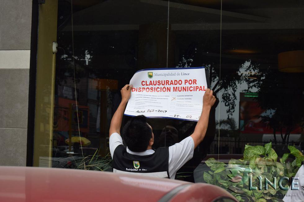 """La Municipalidad de Lince junto con la Policía Fiscal clausuró la conocida pollería """"Norkys"""". (Foto: Municipalidad de Lince)"""