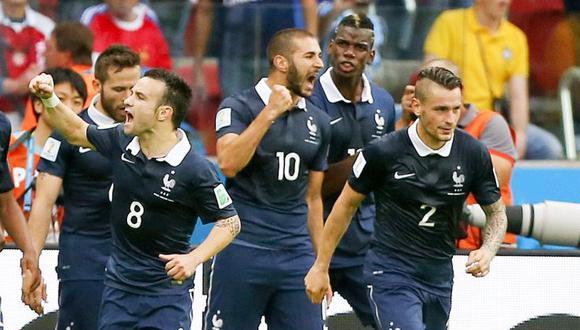 Francia se deshizo de Honduras con los goles de Benzema