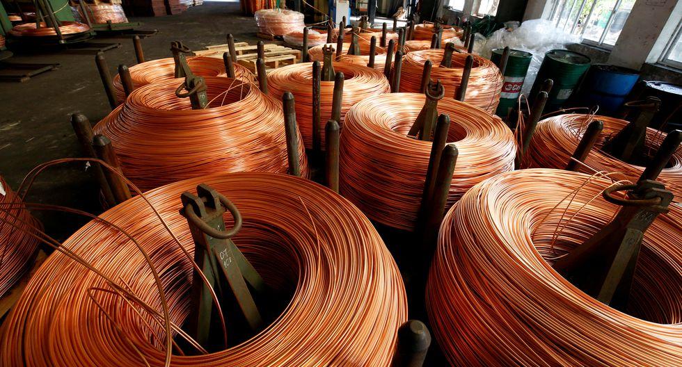 El cobre, usado en instalaciones eléctricas y en la construcción, está en camino de sumar un 3,4% esta semana. (Foto: Reuters)