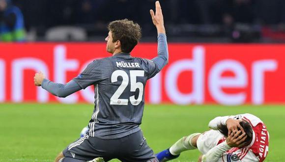 Thomas Muller fue sancionado por la UEFA en el duelo ante Ajax por fase de grupos de la Champions League. (Foto: AFP)