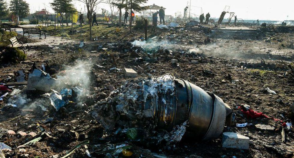 Partes del avión Boeing Co. 737-800, operado por Ukraine International Airlines, que se estrelló poco después del despegue en el suelo cerca de Shahedshahr en Irán, el miércoles 8 de enero de 2020. (Foto: Archivo/Bloomberg).