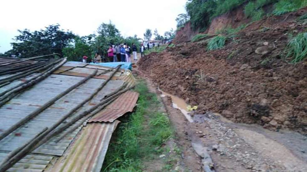 Piura: huaico bloquea por seis horas la carretera Canchaque - Huancabamba. (Foto: cortesía)