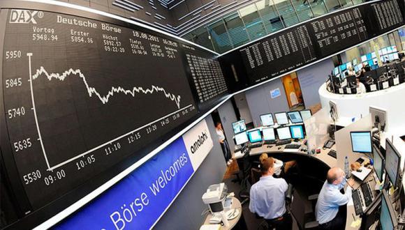 Las bolsas europeas cotizaban con pocas variaciones en las primeras operaciones del jueves.