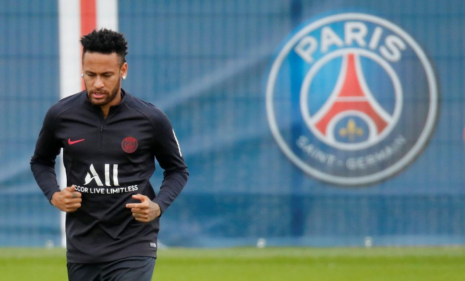 Neymar entrena con PSG pero su futuro es incierto. (Foto. Reuters)