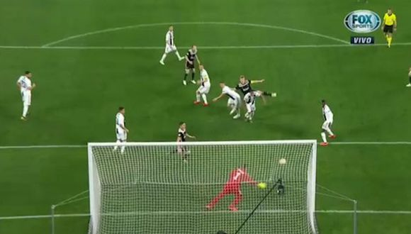 Juventus vs. Ajax EN VIVO: De Ligt anotó golazo de cabeza para el 2-1 en Turín por Champions League | VIDEO. (Foto: Captura de pantalla)