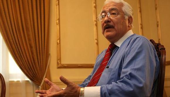 Rector de Garcilaso sigue en cargo pese a intervención de ANR