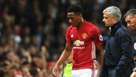 "Mourinho arremetió contra Martial: ""Es bueno para el banquillo"""
