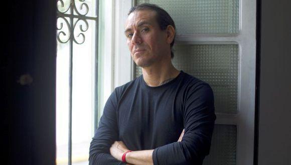 Guillermo Castrillón, coreógrafo y director teatral, fue denunciado por 15 alumnas por el delito de violación de libertad sexual.