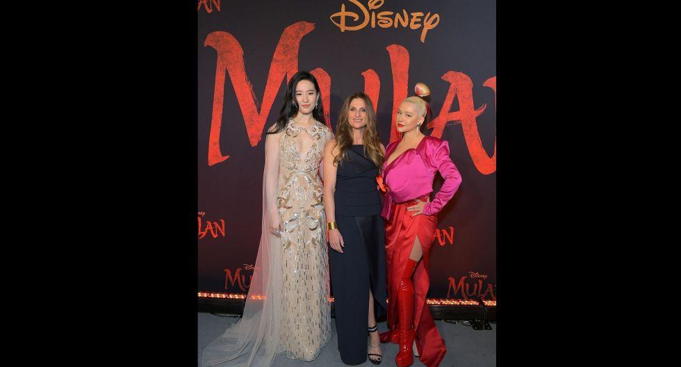 En la foto: la actriz Liu Yifei, la directora de la cinta Niki Caro y la cantante Christina Aguilera. (Foto: IG/ @mulan)