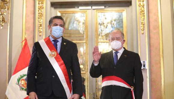 Políticos e instituciones demandan la salida de Manuel Merino (Foto: Presidencia)