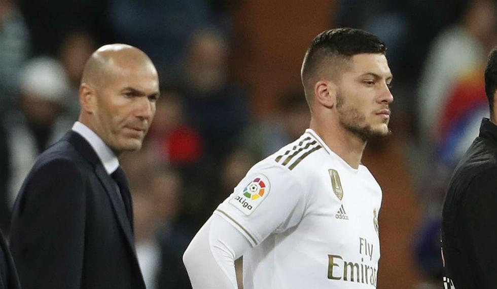 Zinedine Zidane no tendría en cuenta a Luka Jovic en el Real Madrid. (Foto: EFE)