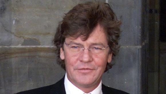 El príncipe Ernesto Augusto de Hannover es visto en la boda real holandesa, 2 de febrero de 2002. (REUTERS/Paul Vreeker).