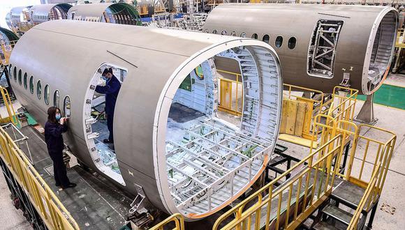 La producción de Airbus caería un 40% en los próximos dos años por el impacto de la crisis sanitaria del COVID-19. (Foto: AFP)