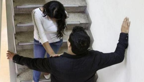 Los estudiantes deben acudir al decano de la facultad cuando sufran acoso por parte de un docente.
