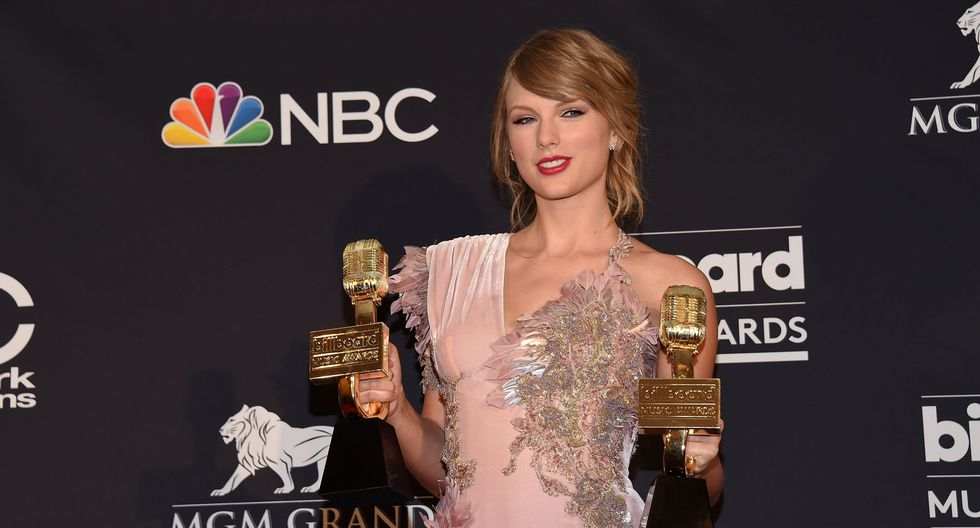 Billboard 2018. Taylor Swift recibe el premio BBMAs a Top álbum en ventas. (Foto: Agencias)