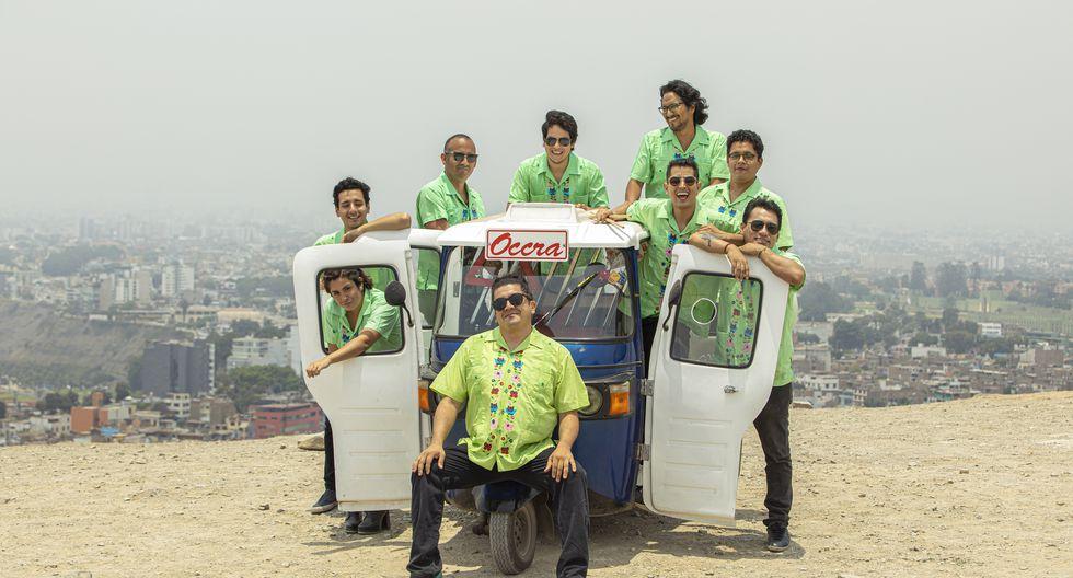 Mauricio Mesones y su nueva banda, en la que destacan el guitarrista Martín Choy (ex Mojarras), Rafael Fusa y varios más. (Foto: Giancarlo Aponte).