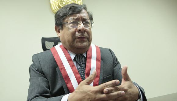 El presidente del CNM, Orlando Velásquez, dijo que no se aferran a sus cargos pero recordó que tienen procesos pendientes para suspender a jueces y fiscales. (USI)