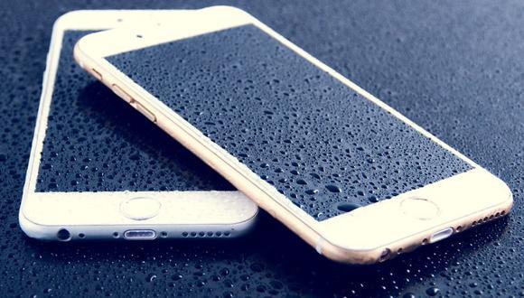 Este tipo de móviles ofrecen una protección especial para no malograrse en caso de tener contacto con agua. (Foto: Pixabay)
