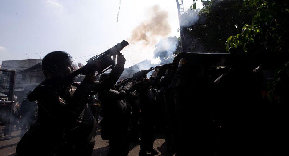 Los disturbios comenzaron el martes por la noche en las cercanías de la sede de la comisión electoral, donde varias personas acudieron para protestar por el anuncio oficial de la victoria de Widodo. (Foto: EFE)