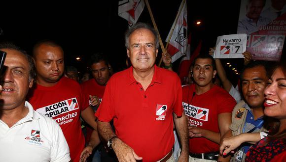Alfredo Barnechea se mostró feliz con el triunfo de Jorge Muñoz en Lima. (Foto: Archivo El Comercio)