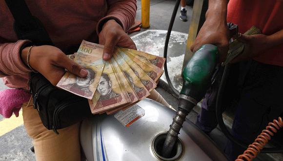 Sepa aquí a cuánto se cotiza el dólar en Venezuela este 21 de abril de 2021. (Foto: EFE)