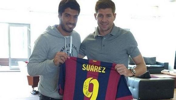 Luis Suárez se reencontró con Steven Gerrard en Liverpool