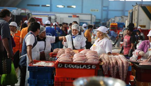 En los terminales pesqueros y los supermercados la sustitución de especies se detectó en el 50 y 19 por ciento de los casos, respectivamente. Fuente: Oceana