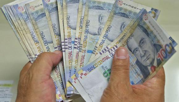 La gratificación es un pago adicional sumado a la remuneración o sueldo de los trabajadores que cobran mensualmente (Foto: Andina)