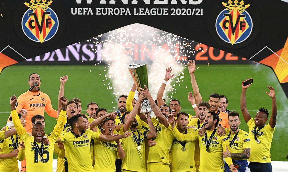 Villarreal se proclamó campeón de la Europa League tras vencer 11-10 al Manchester United en tanda de penales. | Foto: AFP