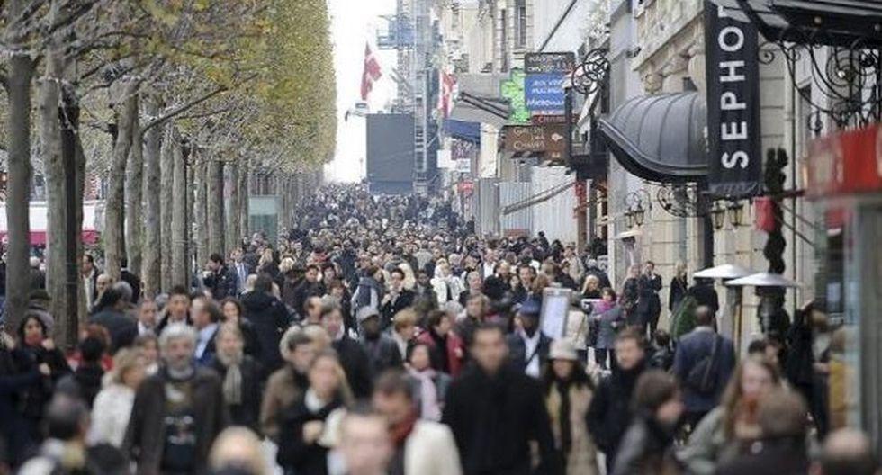 Primera caída del desempleo anual en Francia desde el 2007