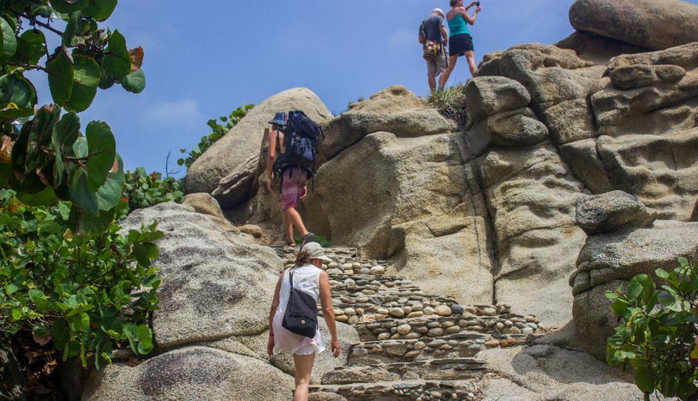 Durante el trekking hacia Chairama te toparás con grandes piedras. (Foto: shutterstock)