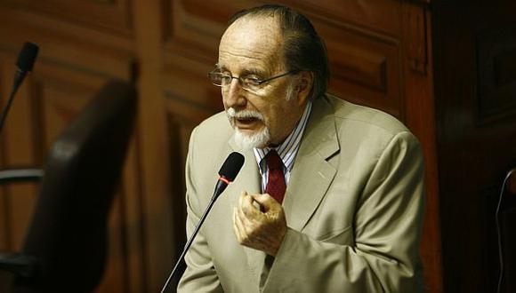 Belaunde Moreyra renunció a Ética por su amistad con José Luna