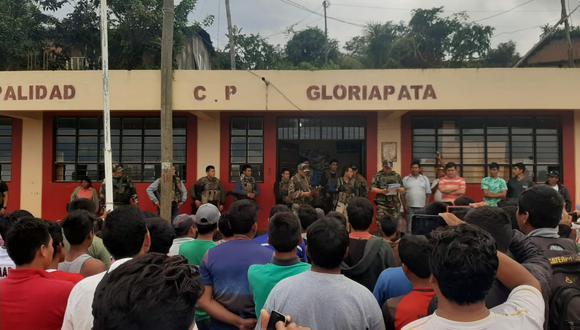 Los efectivos militares fueron detenidos por pobladores. Los confundieron con delincuentes. (Foto: Jorge Quispe Romero)