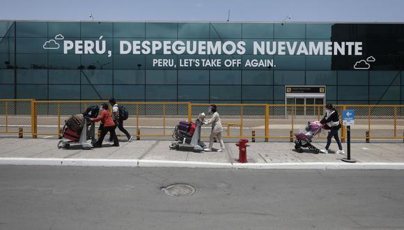 El aeropuerto ha registrado una reducción porcentual de pasajeros trasladados de 70,6% frente al mismo periodo de 2019. (Foto: Leandro Britto / GEC)