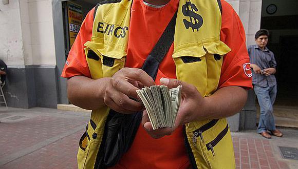 Dólar trepó a S/.2,809, su máximo de cuatro meses por datos de EE.UU.