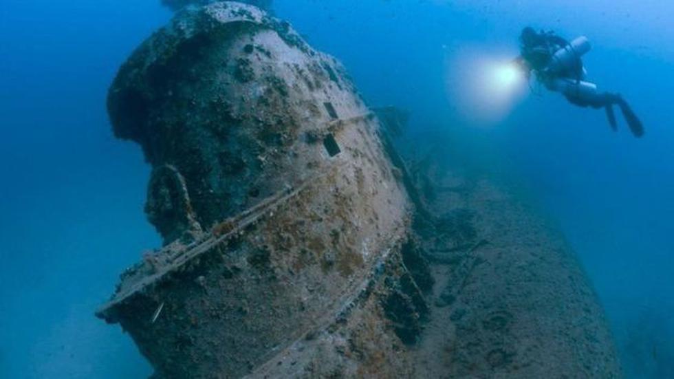 Jones fotografió la torre del submarino británico HMS Stubborn, hundido cerca de Malta hace más de medio siglo. Foto: Steve Jones/millionfish.com